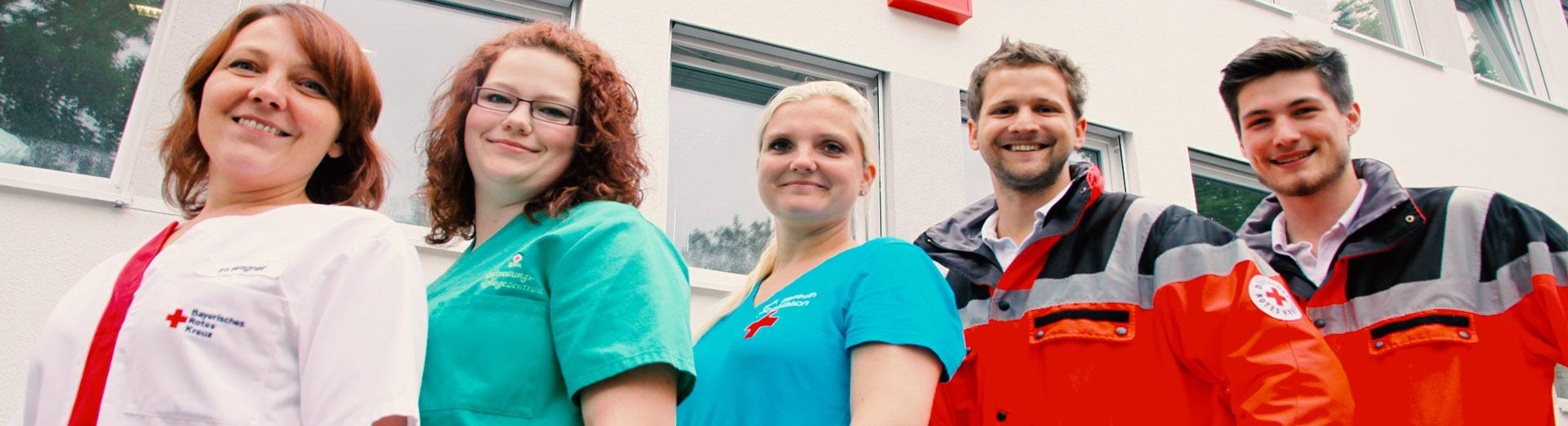 Ein Gruppenfoto von Angestellten des BRK